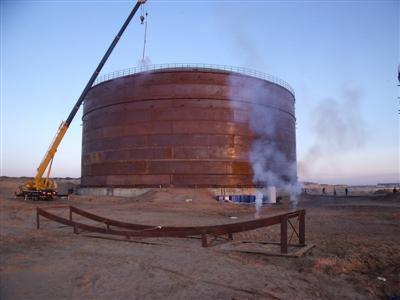 大型甲醇防腐储罐安全措施设计概述图片