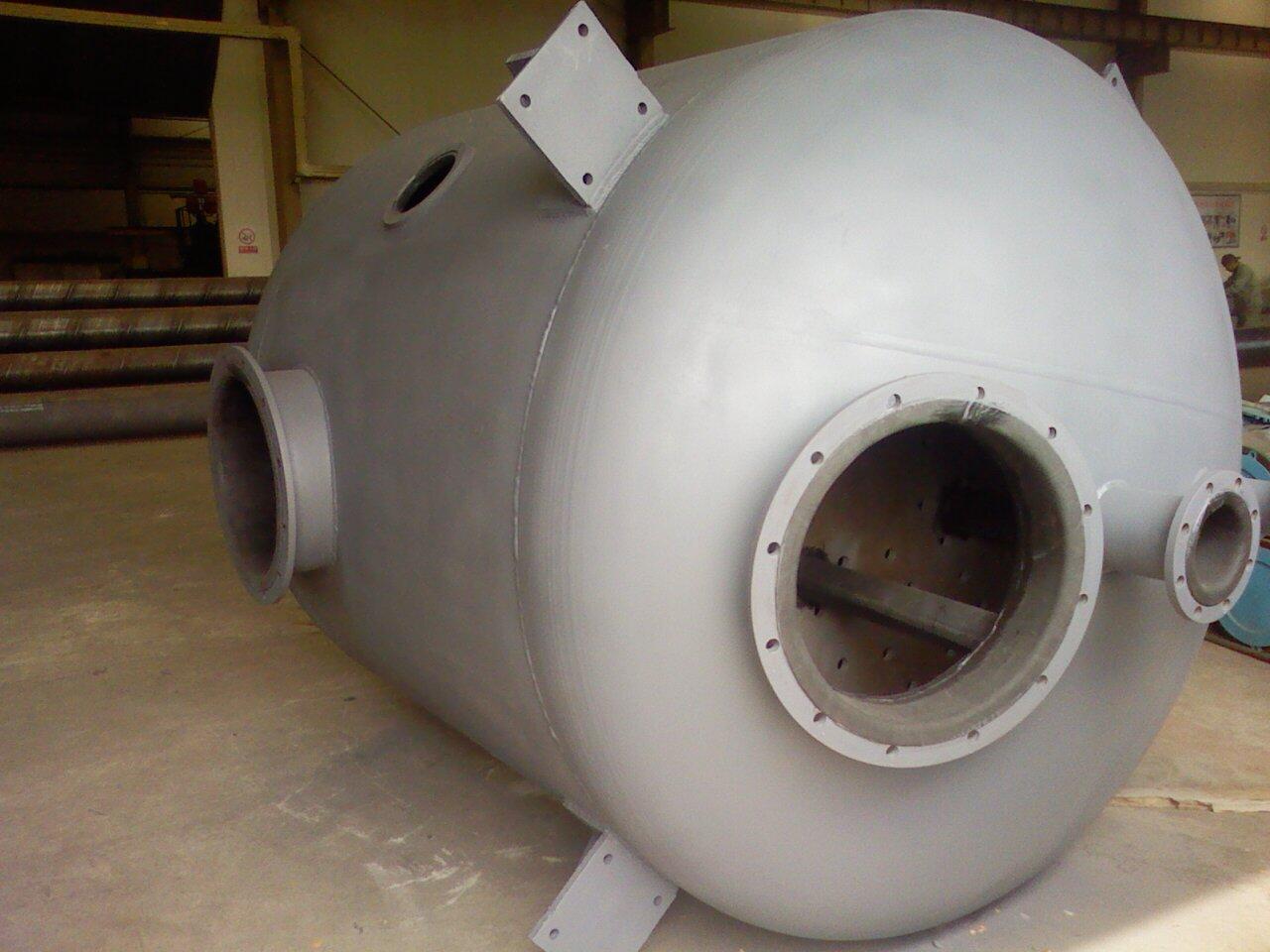 30立方卧式整体成型化工储罐